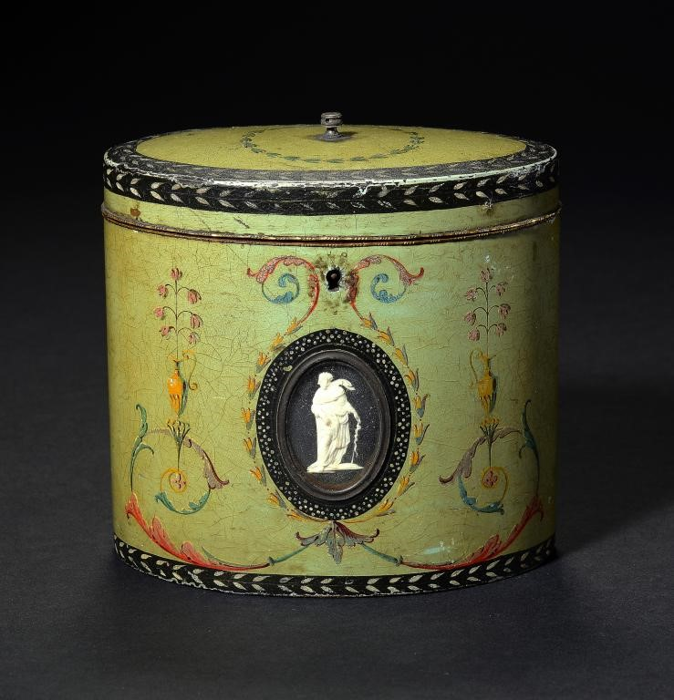 A GEORGE III POLYCHROME DECORATED   PAPIER MÂCHÉ TEA CADDY ATTRIBUTED TO HENRY CLAY Image