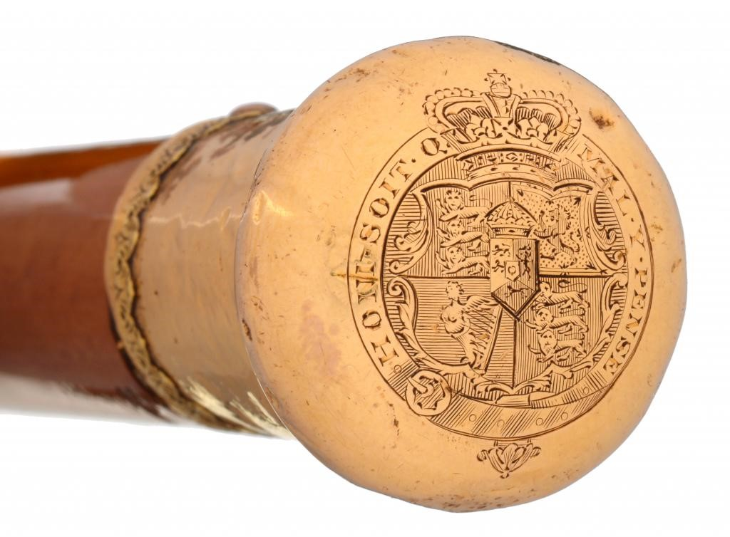 ROYAL.  A GEORGE III GOLD MOUNTED MALACCA WALKING CANE  the  pommel engraved with the 1816-37 royal  Image